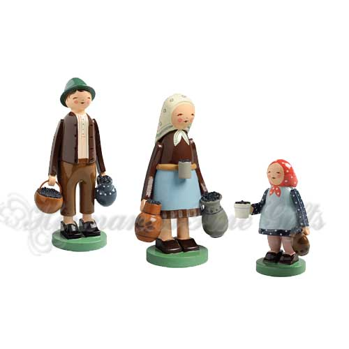 Berry Pickers, 3 Figurines