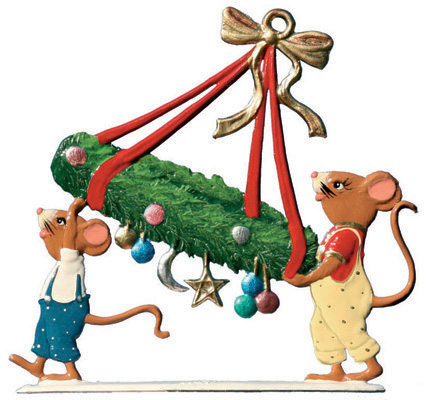 Mice Carring Advent Wreath