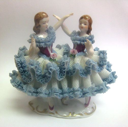 Dancing Pair - Blue